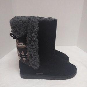Muk luks Black Faurisle with Gray Faux Fur Boots